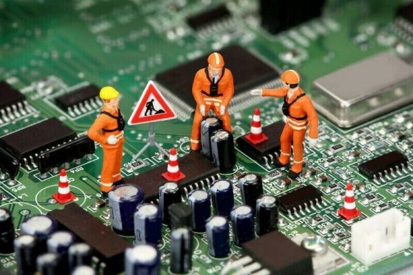 AEG, Bosch, Zanussi, Siemens, Whirlpool en Electrolux printplaat laten repareren
